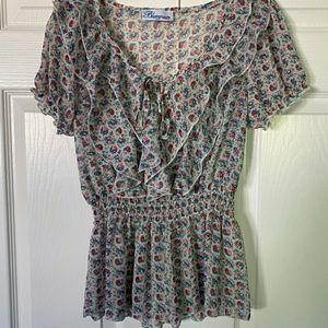 👚BlueCrush floral ruffled blouse B4A